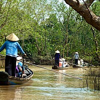 HCMC – CAI BE FLOATING MARKET – VINH LONG CITY